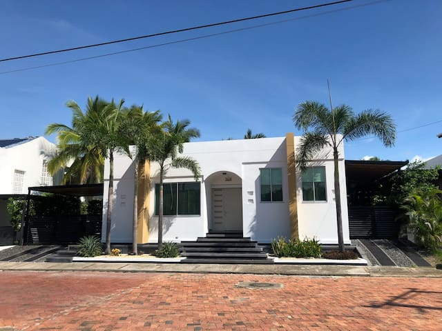 House in El Peñón, 4 bedrooms