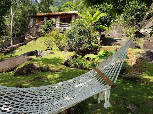 Chez Vu Phu Quoc mountain house