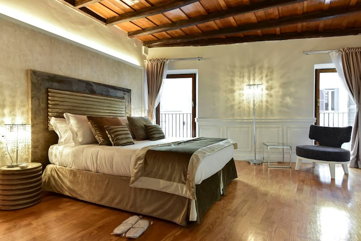 Living RHome Babuino Palace Apartment with terrace - Roma - Apartamento