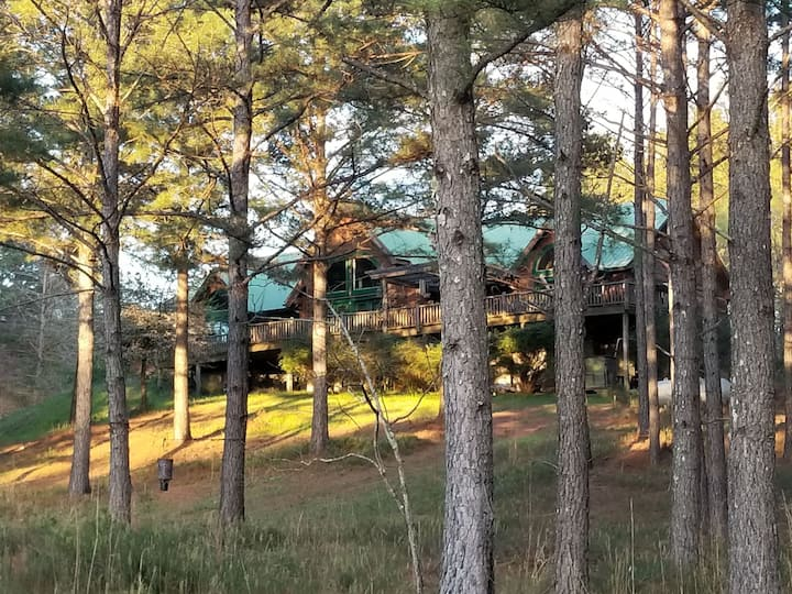 The Cabin in Whispering Pines has handicap access.