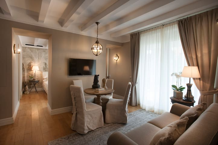 Villa Vitae - Luxury apartments - App.to Falletti