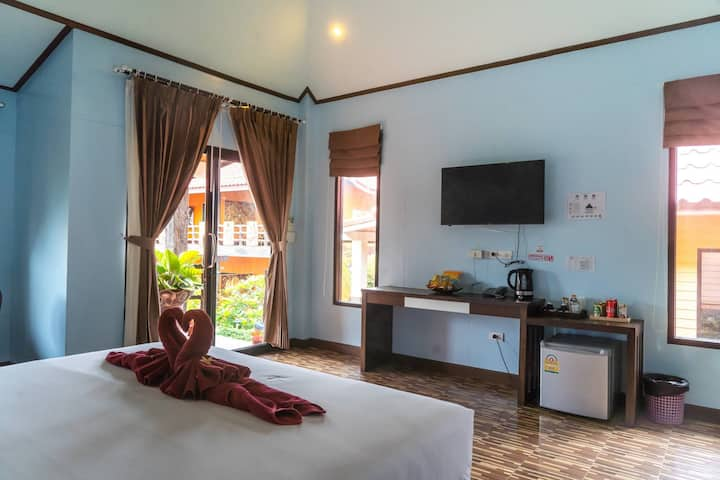 Boutique  Bungalows in middle of Koh Lanta
