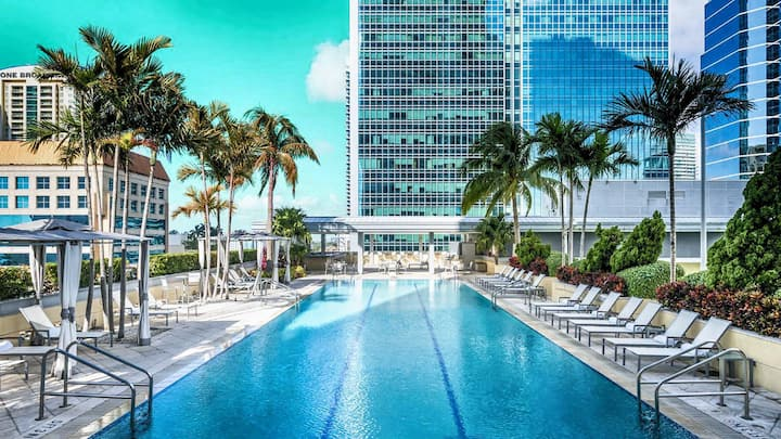★ Conrad Hilton BEAUTIFUL 5-Star Condo floor 29! ☀