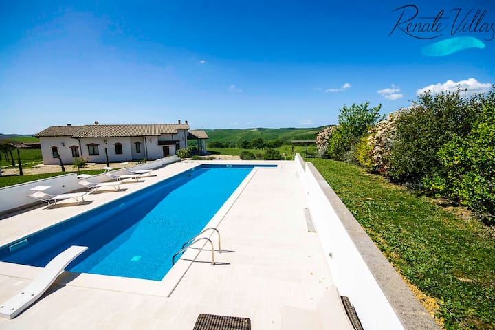 High standard private Villa with big pool and view