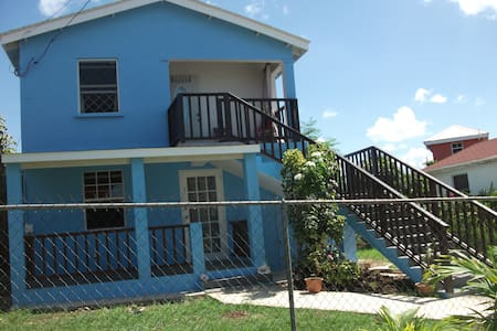Ocean Blue 5 minutes walk from beach - Douglas - 公寓