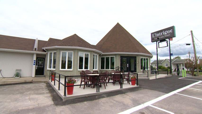L'Intrigue - Bistro et Hébergement, chambre motel