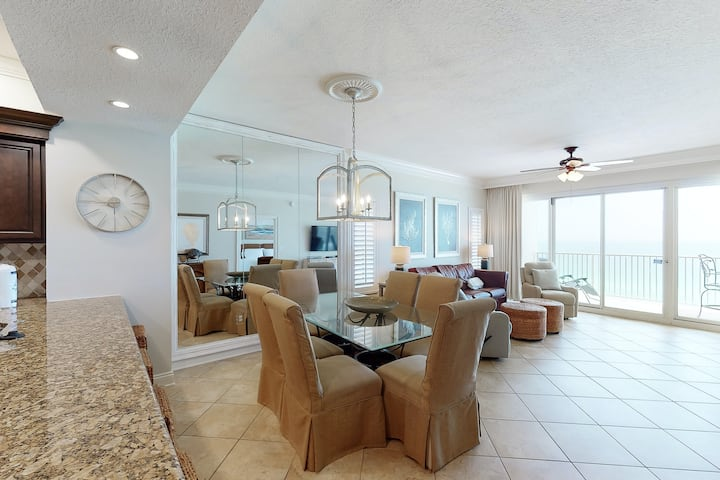 Stylish, Gulf front hideaway w/ a furnished balcony, shared pools, tennis, & gym