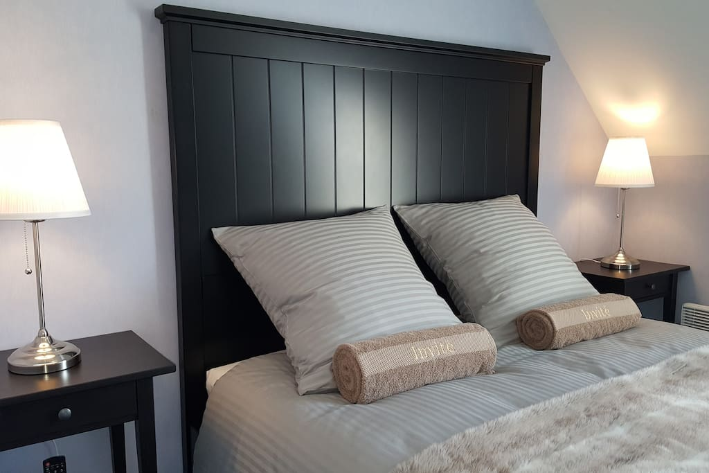 Cette chambre idéale pour les couples ou les voyageurs en solo, peut également accueillir 2 enfants si besoin :)