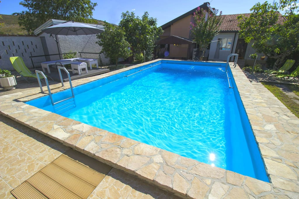 Large shared pool for apatments.