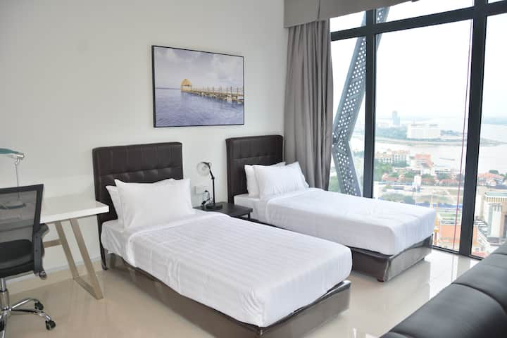 Twin Bed Room with Amazing View