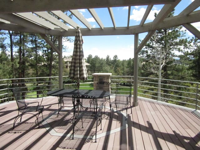 Spacious Home in Country Club setting, Great Views - Castle Rock - Haus