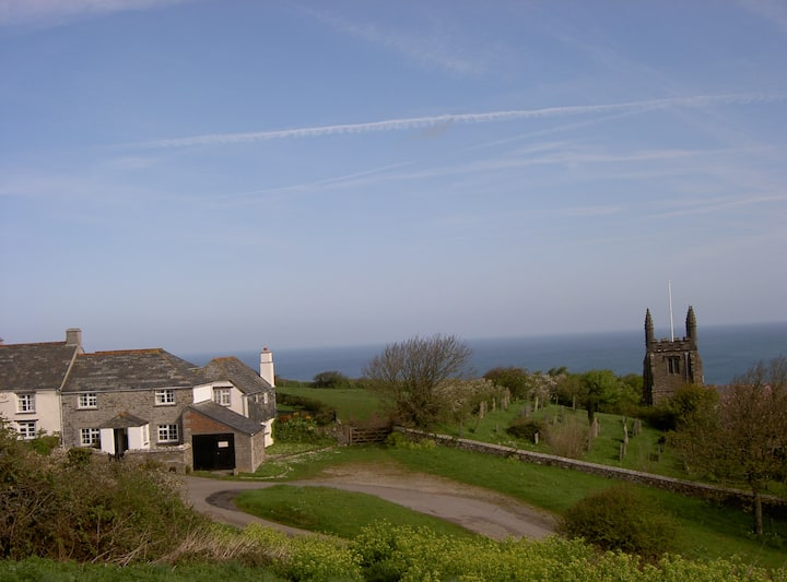 Barton Cottage (Near Crackington Haven)