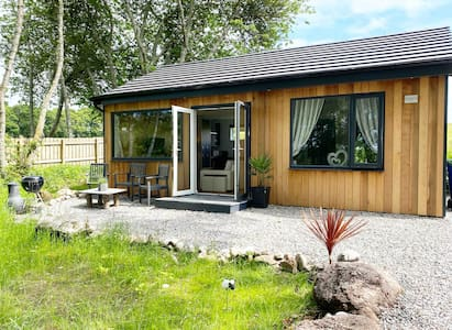 Brand new luxury lodge on the NC500