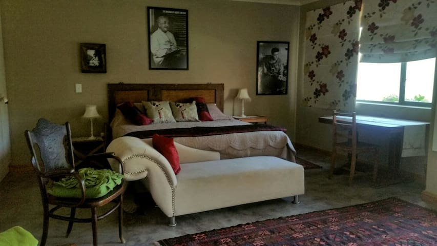 Magnificent artistic home - Hermanus - House