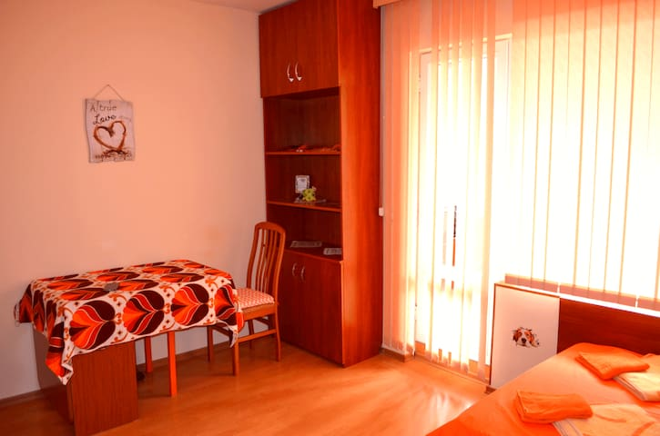 Cozy quiet studio apartment in central Varna