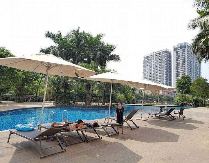 Luxury Apartment with Pool/Gym, MulberryLane