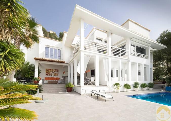 Exclusive Modern Villa - Cala Llamp - Andratx - Villa
