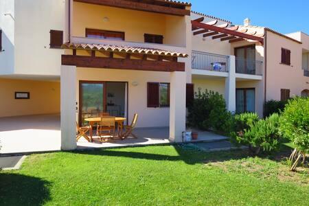 Super Wohnung no.  7/123 direkt am Meer - Porto Pozzo - Apartamento