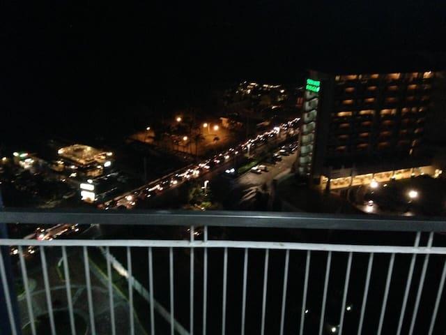 Cozy 1BD condo w Taal view - Cidade de Tagaytay - Condomínio