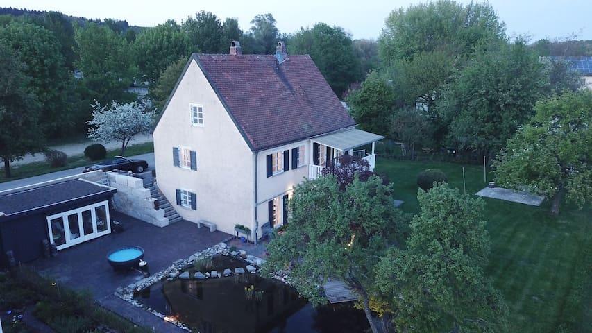 Pure nature Munich-Freising (House)