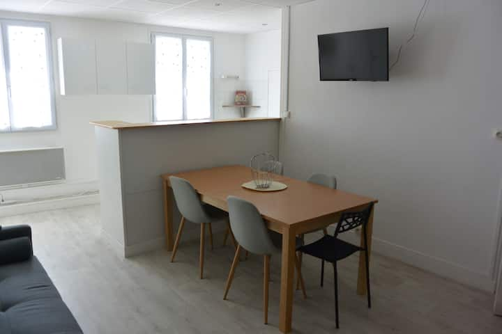 Charmant appartement duplex Barneville centre