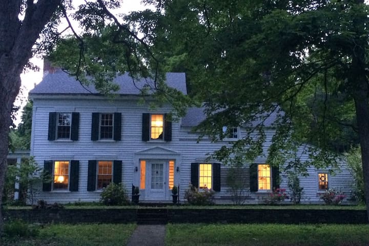 Classic Country Farmhouse in Millbrook