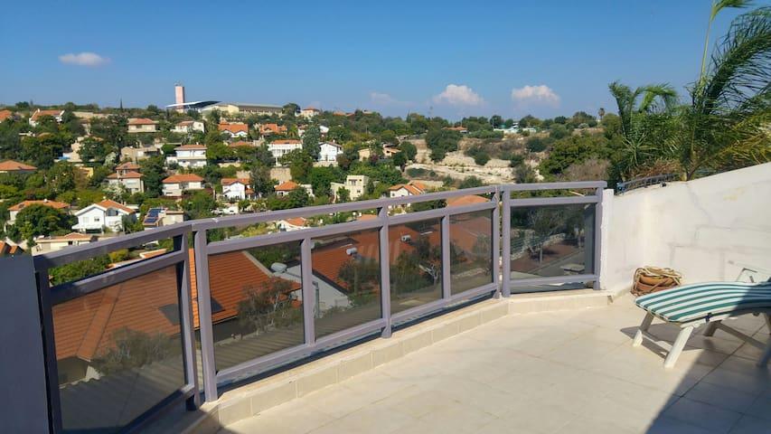 Beautiful condominium in Nofit