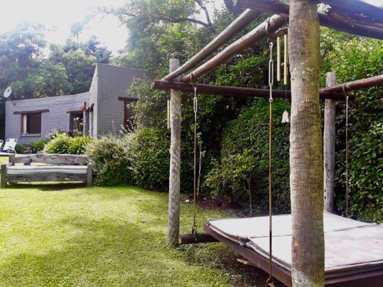 Exteriores de La Chascona, podrás disfrutar del relax  en los diferentes espacios y sentirte como en tu casa!!!