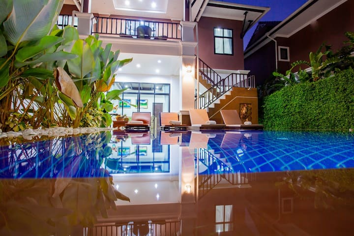 Maralyn Pool Villa