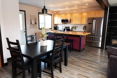 *NEW* 3 bedroom, boho inspired main level suite