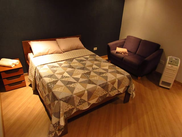 Cozy matrimonial room and friendly hosts