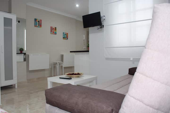 Nice and New Studio very close to the city center