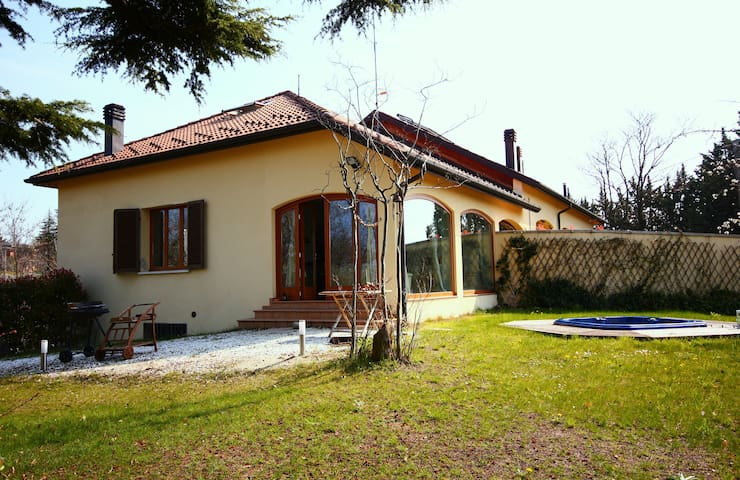 Superb Panoramic Villa on Bologna hills - Sasso Marconi - Apartamento