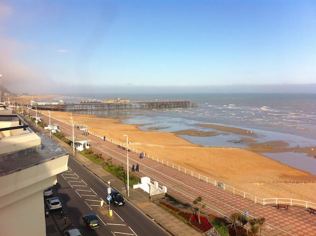Seafront balcony, lovely spacious relaxing flat - Saint Leonards - Wohnung