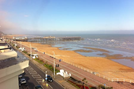 Seafront balcony, lovely spacious relaxing flat - Saint Leonards