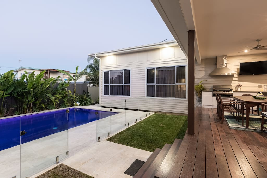 Indoor/Outdoor living and entertaining