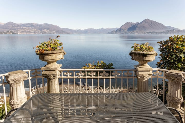 The Terrace | Exclusive Lakeview flat in Stresa