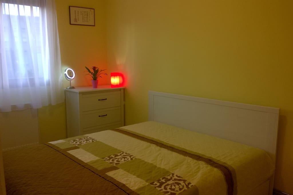 Háló / Bedroom / Schlafzimmer