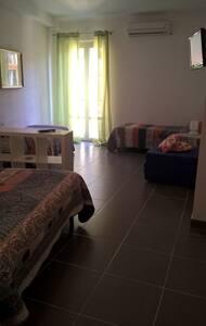 Vernazzarooms-Loft con terrazza-Roma2 - Vernazza