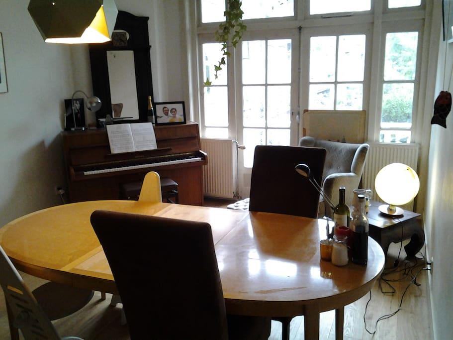 85m2 apartment close to rai and 39 de pijp 39 appartamenti for Appartamenti amsterdam centro