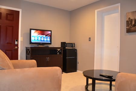 Independent two room unit - Cupertino