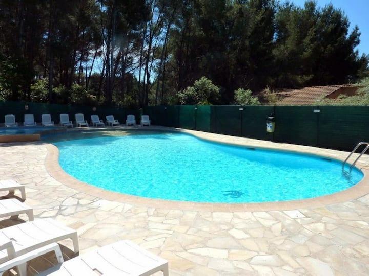 Studio de vacances pour 4 personnes avec piscine