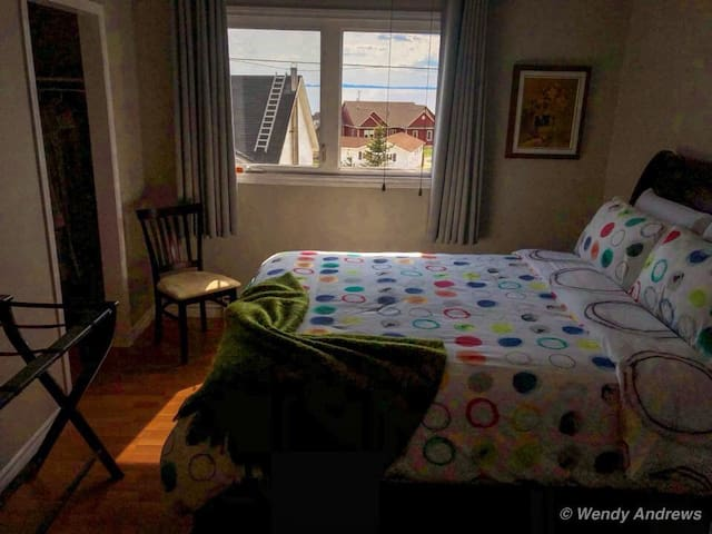 Andrews B&B Queen Bed Private bathroom Oceanview