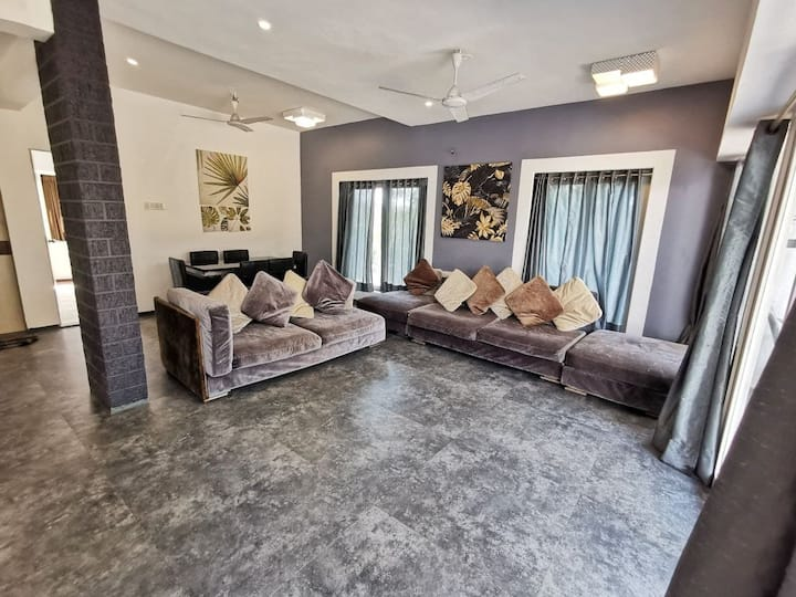 Fully Serviced & Maintained Villa, 4 B/R