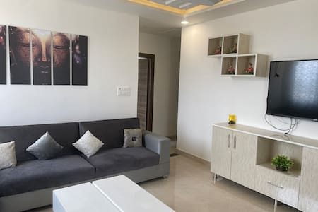 Walking distance to Aiims plush 2bhk fully furnish