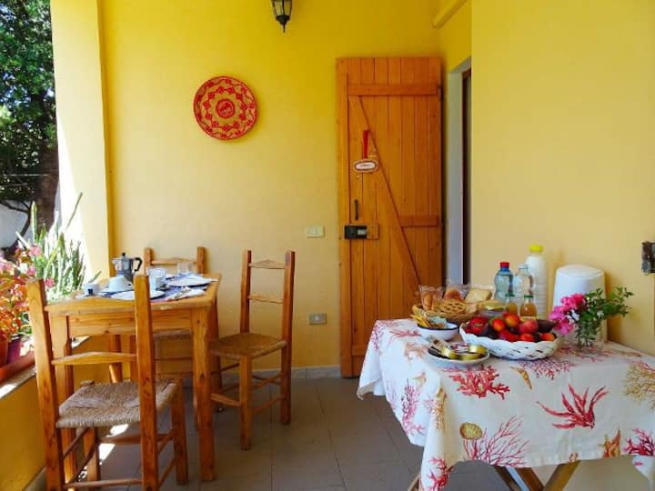 Phillyrea, suite in Eranu with private breakfast