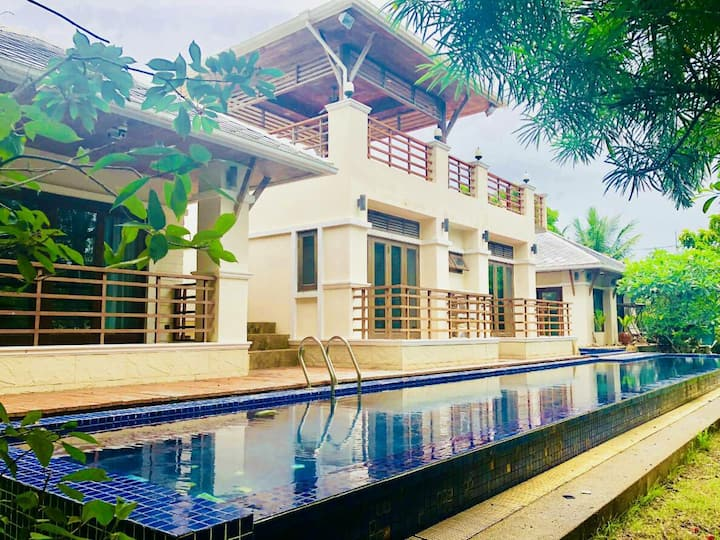 Kirinakara luxurious 4 bedroom pool villa