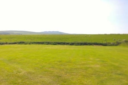 Sleeps 6 caravan on Private land Cornwall on moor