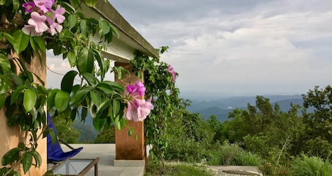 1 bedroom hilltop cottage surrounded by wilderness