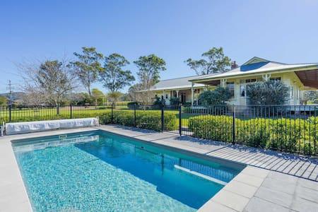 Roscrea Homestead - Premier Homestead Accommodation